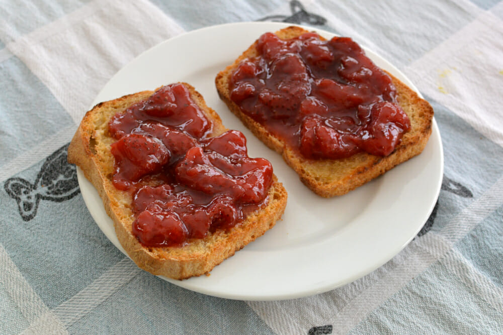 step6-baked bread toast-and-jam